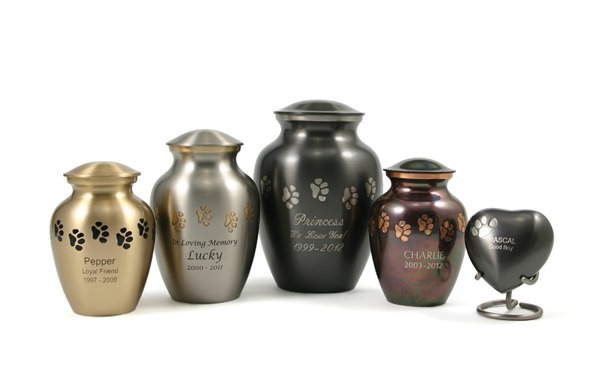 Paw-print-vase-urns